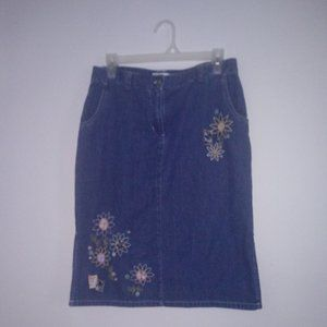 CHRISTOPHER & BANKS 4 DENIM, EMBROIDERED, SKIRT